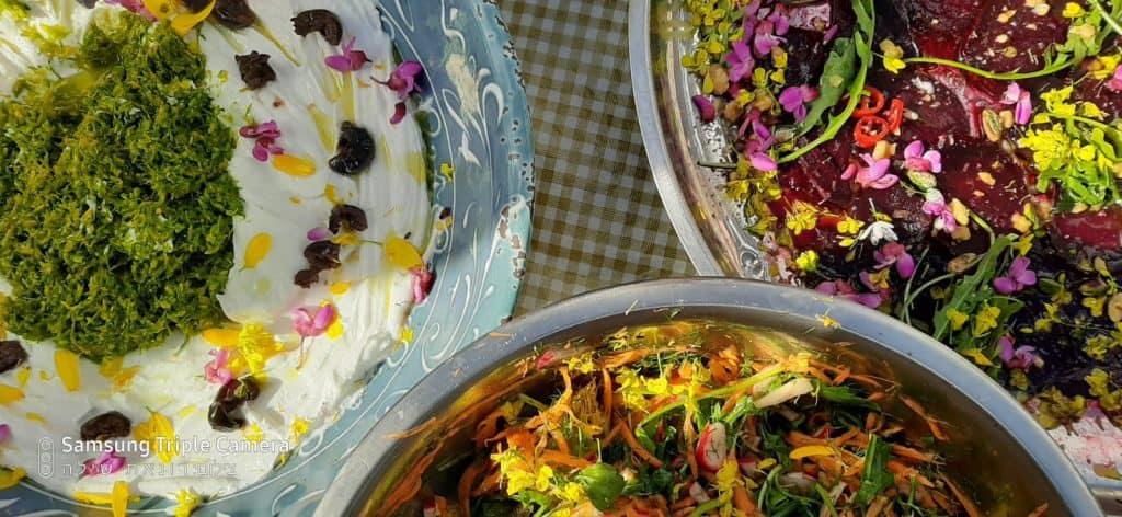 פרחי בר אכילים, שום משולש, חרצית, כליל החורש, חרדל